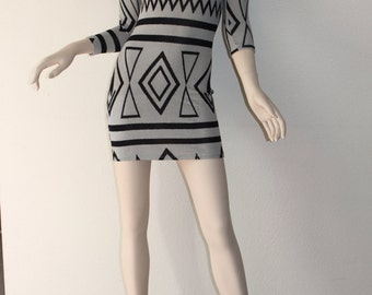 Southwestern Black/Gray Aztec Print 3/4 Sleeve Stretch Bodycon Mini Dress SMALL