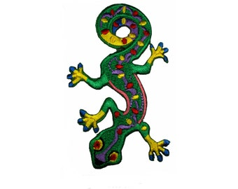 Green Gecko Lizard Embroidered Patches Jacket Iron On Jean Patch Size 3.5 X 2.5 Inches
