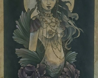 Moonlit siren