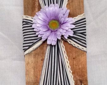 Ribbon Pallet Cross