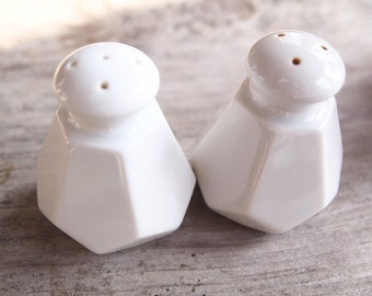 Vintage Faceted Salt & Pepper Shaker Set