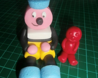 Edible Bertie Basset & Jelly baby cake topper