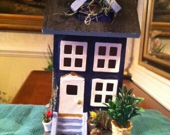 Fredericksburg, VA Pickup: 2 Story Blue Birdhouse