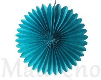 A rosette paper size 20 cm color blue