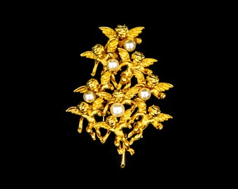 Signed Cadoro Brooch with Gilt Cherubs and Pearls