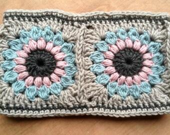 Sunburst granny square cowl, snood, neck warmer, knitted, crochet, UK