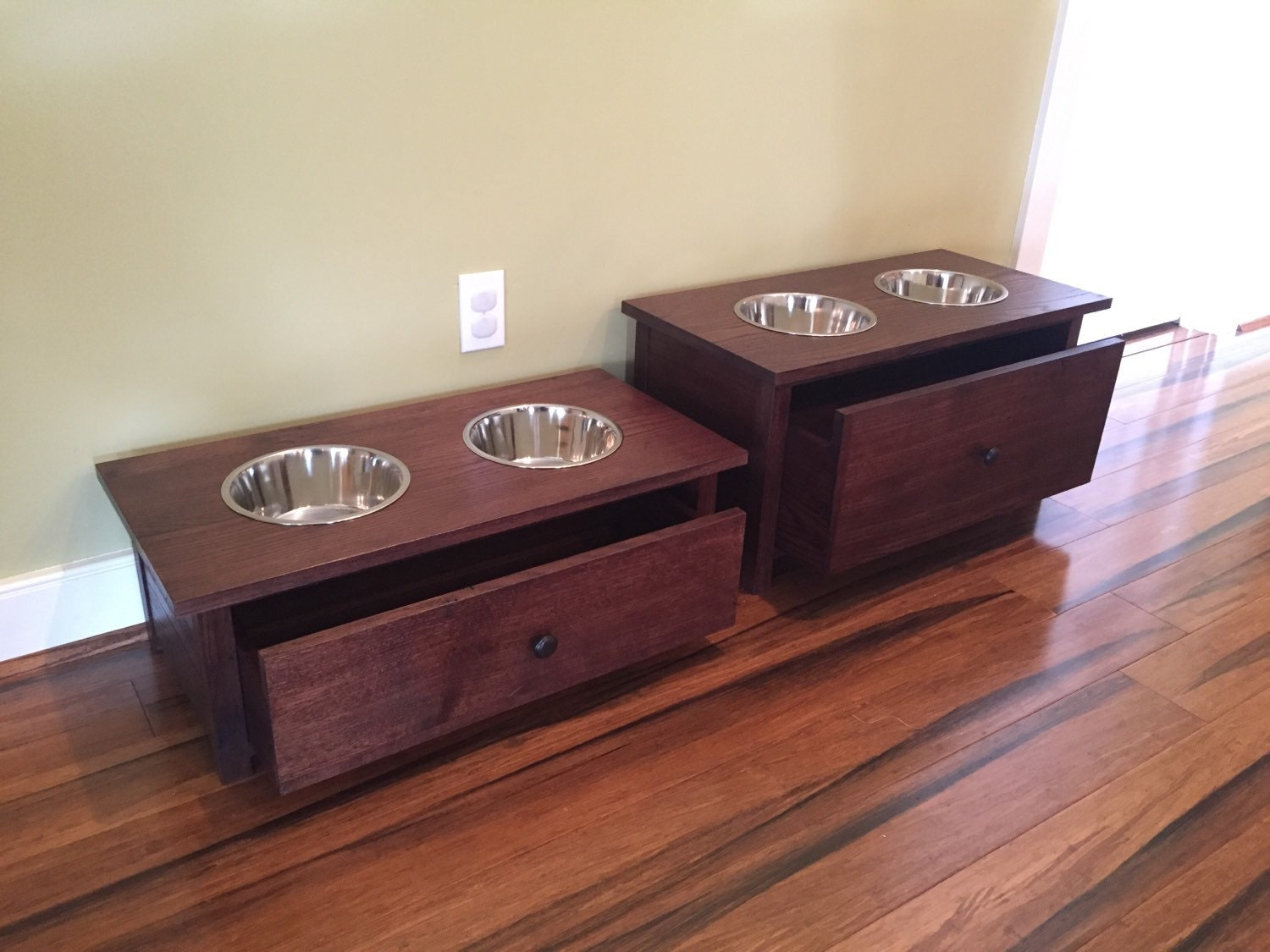 dog bowl stand with food storage by twistedtwigwoodworks on etsy. Black Bedroom Furniture Sets. Home Design Ideas