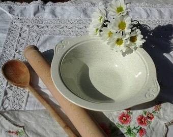 Vintage mixing bowl~vintage serving dish~large white mixing bowl~vintage~Crown Clarence bowl~Cooperative vintage~vintage kitchenalia~retro