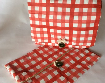 Small bag and case Tablet retro red gingham