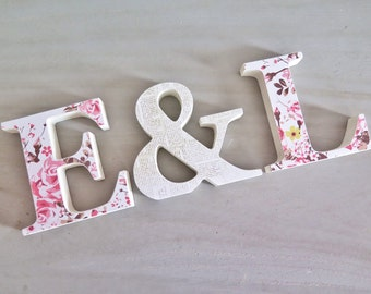 Custom wedding letters, couples initials with ampersand. Freestanding wooden letters, wedding decoration, photo prop, anniversary gift