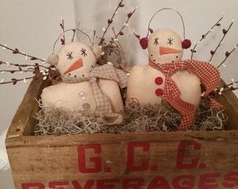 primitive snowmen with earmuffs,OFG, FAAP, wintertime,snowmen tucks,snowmen ornies,winter decor, handmade primitive snowmen,