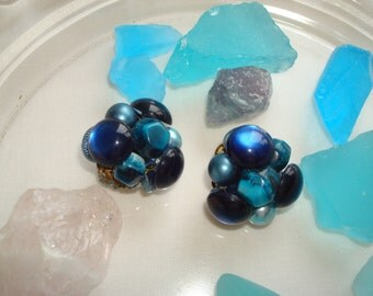 Multi-Colored Blue Beaded Clip-On Earrings.