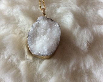 White oval druzy agate pendant on 18ct gold filled chain