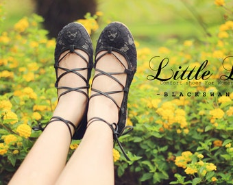 Vintage Shoes - Black Lace Ballet Shoes With Leather Strap