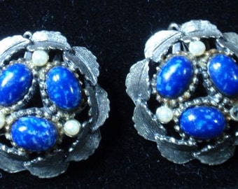 Vintage Speckled Blue and pearl clip earrings