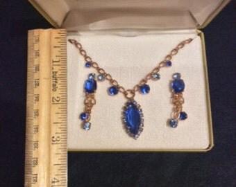 Queen Isabella Demi Parure Case Vintage Blue Necklace and Clip On