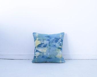 Cushion dyed hand - shibori - vegetable dye - cotton and organic hemp - deco cushion 40 X 40 cm - unique piece - boho - Handmade in en