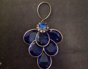 Lovely Vintage Blue Glass & Rhinestone Brooch/Pendant.