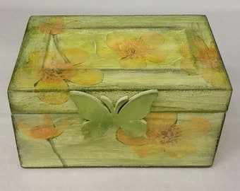 Yellow Spring Box