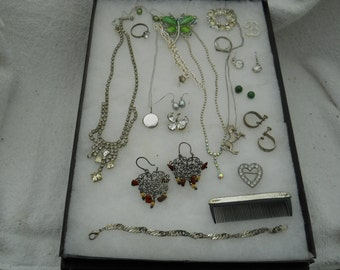 Vintage Jewelry Lot Necklaces Pins Bracelets And More #443