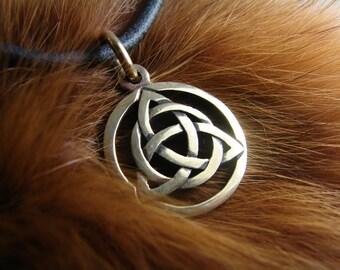 Triquetra Pendant, Trinity knot, Triquetra Pendant, Symbol Celtic Magic, Celtic witch jewelry, Magic Jewelry, Triskele, Celtic Knot, wiccan