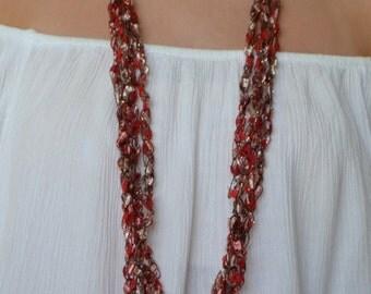 Scarlet Fields (Ladder Yarn Necklace)