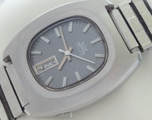 17 Jewels Made in Japan Astral self winding vintage watch mint condition.