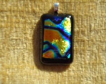 Fused Dichroic Glass