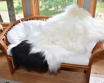 "Natural Icelandic Sheepskin Rug,Pelt,Throw,Chair Cushion,or Pet Bed #E43 56""x38"""