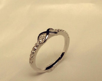 Fancy Diamond Cut Infinity Toe Ring