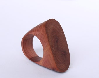 Oval - wooden ring