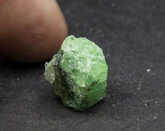 Tsavorite from Tanzania 2.5 g