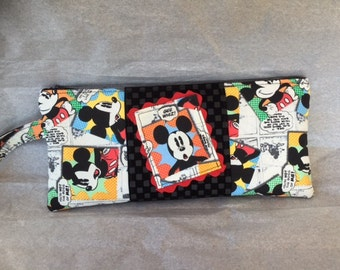 Mickey Mouse Zippered Wristlet.