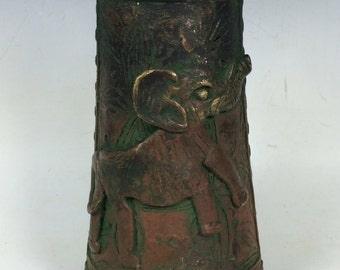 Beautiful Bronze Edo Bracelet from Africa with Green Patina and Elephant Figure