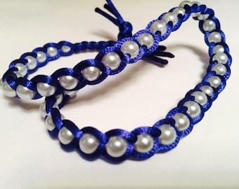 Bracelet of satin ribbon