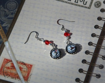 Compass Earrings - Ready for an adventure!