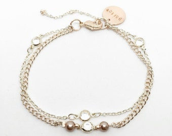 BALLET | Light rose gold and white two-layer bracelet with glass and pearl beads