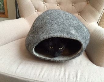 Felted Eco-Friendly Pet Bed / Cat Bed / Cat Cave / Cat Cocoon