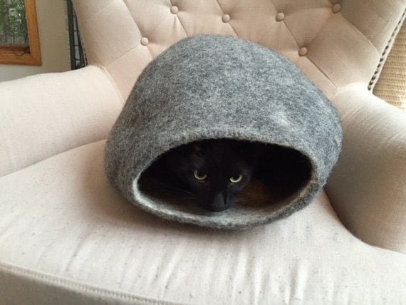 Felted Eco Friendly Pet Bed / Cat Bed / Cat Cave / Cat Cocoon