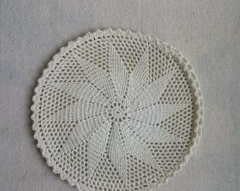 Vintage hand crocheted doily in Swirled Star