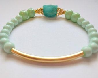 Amazonite Beaded Bracelet // glass beaded bracelet // healing bracelet // mint and sea green