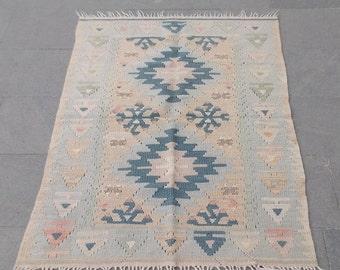 vintage pastel turkish kilim  130x74 cm  4,2x2,4 feet
