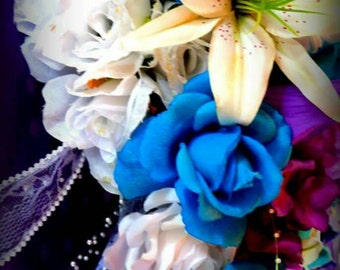 Wedding bouquets and other wedding items made for your special day.