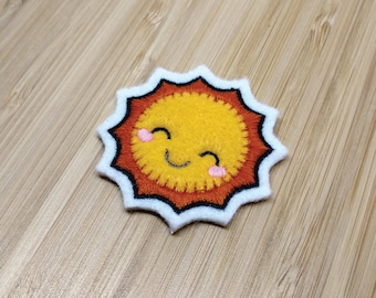 Kawaii Happy Sun - Embroidered Premium Patch / Iron On
