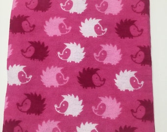 12 PREWASHED Flannal 6.5 in. Quilt Squares - Pink Hedgehogs