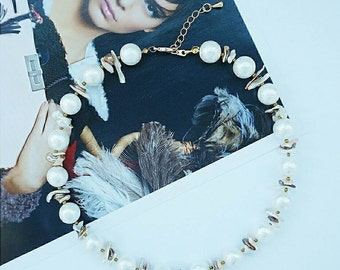 Necklace choker made of Majorica pearls and Keishi pearls