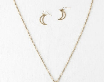 Crystal edge crescent pendant necklace - gold