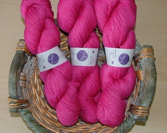 Lorna's Laces Sportmate Made in USA Color No 1ns Lot No 5445 Pink Blossom Crochet Knit