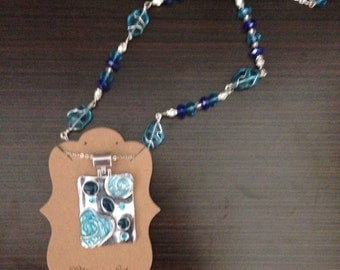 Turquoise & Blue Pendant and wire wrapped, chain linked necklace
