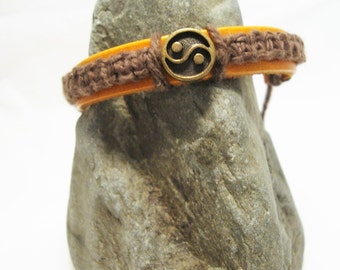 Yin Yang Leather Macrame Bracelet
